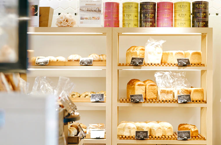 可愛らしい内装が素敵な「ル・パン神戸北野 本店」