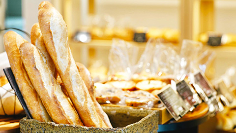 地元で人気のおいしいパン屋をめぐる神戸の旅