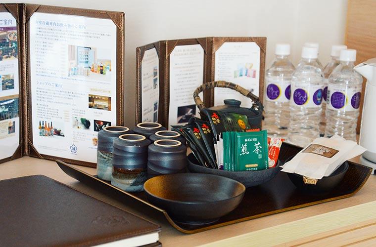 部屋にはル・パン神戸北野の特製ウェルカムスイーツが