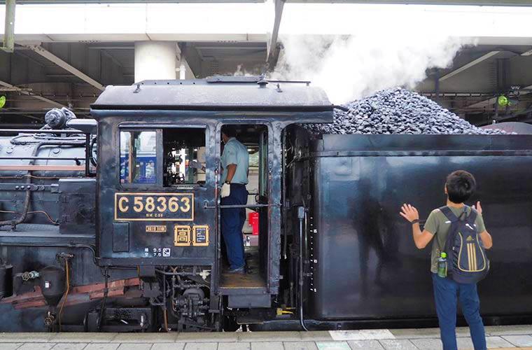 秩父鉄道のSLパレオエクスプレス