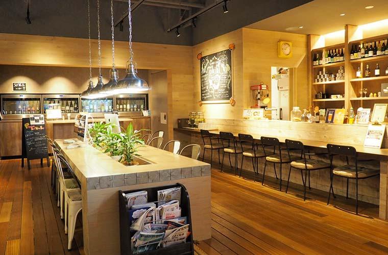埼玉の地酒や地ビールも楽しめるカフェ&バー「okibi」
