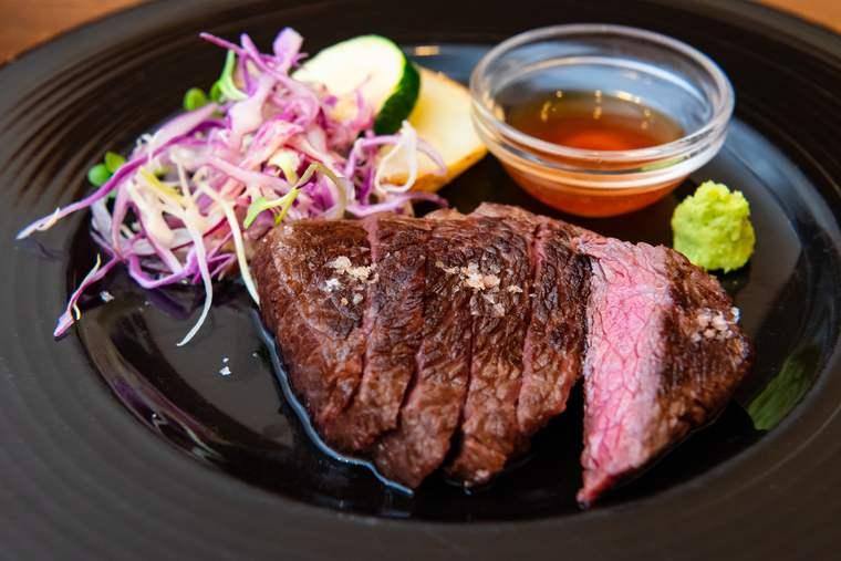 熊野古道 熊野倶楽部 晩御飯 美熊野牛のステーキ