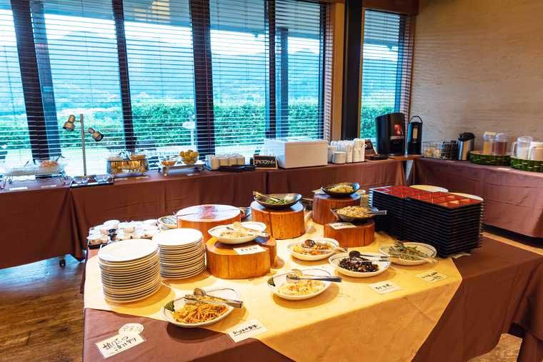 熊野古道 熊野倶楽部 食事処「馳走庵」で朝食