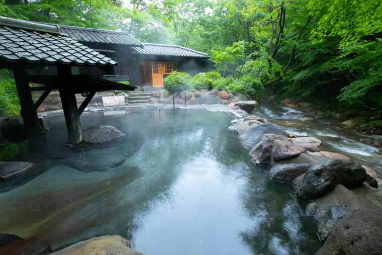 黒川温泉 山みず木 露天風呂