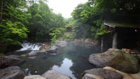 黒川温泉で湯めぐりと熊本グルメを満喫!おすすめ散策コース