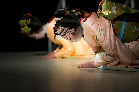 お座敷初体験のチャンス!舞妓演舞と京都老料理屋の会席料理の夕べ