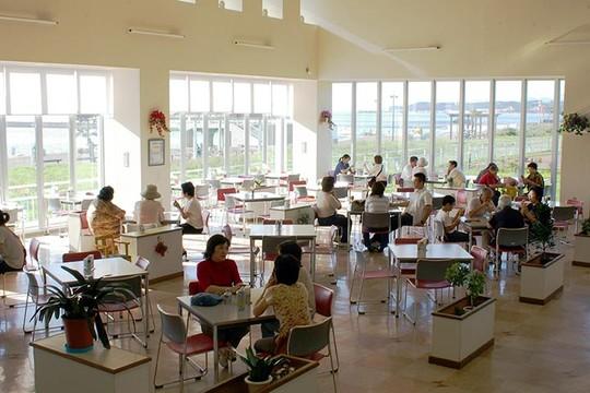 北海道 道の駅「みたら室蘭」ラウンジ