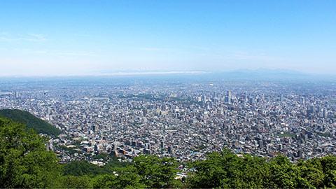 家族で楽しめる!人気絶景スポット・札幌の藻岩山に行ってみよう