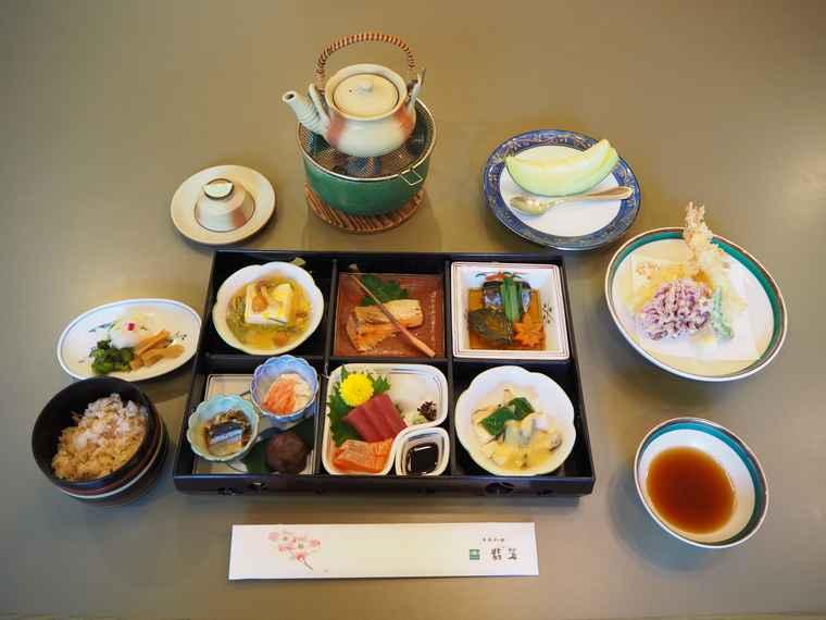 なばなの里 日本料理 翡翠 松花堂御膳