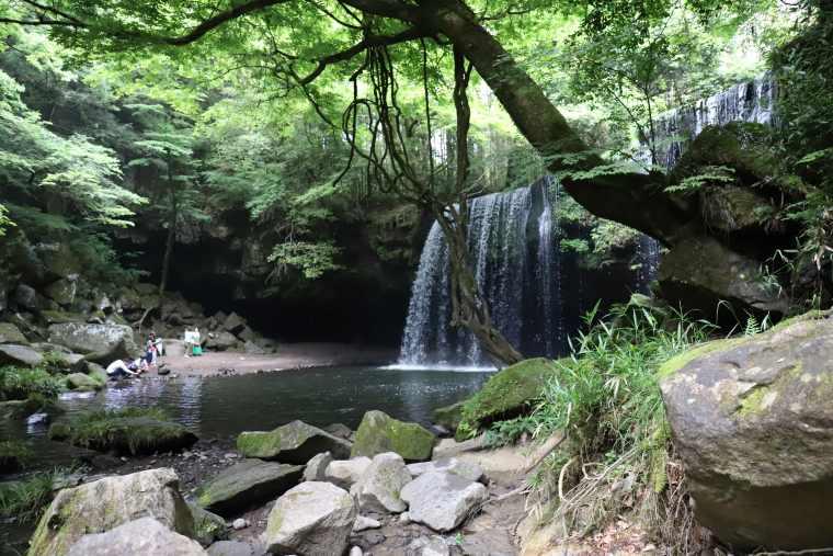 鍋ヶ滝公園にある鍋ヶ滝