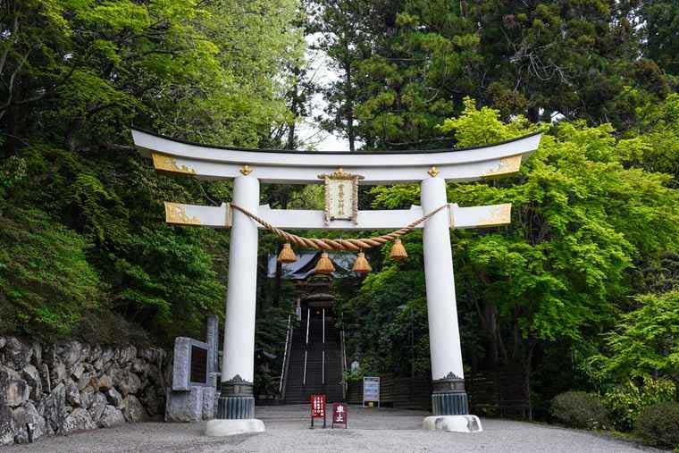 長瀞駅徒歩約15分 宝登山神社