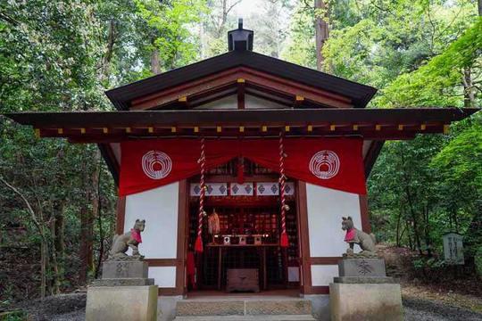 宝登山神社 水神社