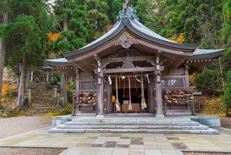 秋田県男鹿半島 「男鹿のなまはげ」真山神社