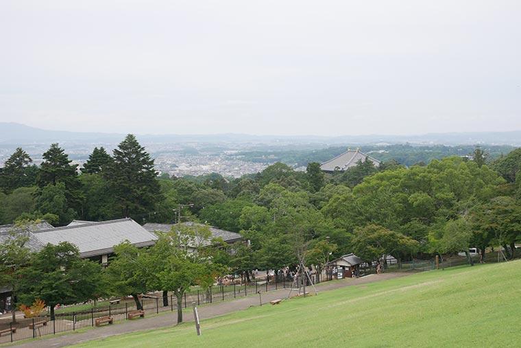 若草山の麓