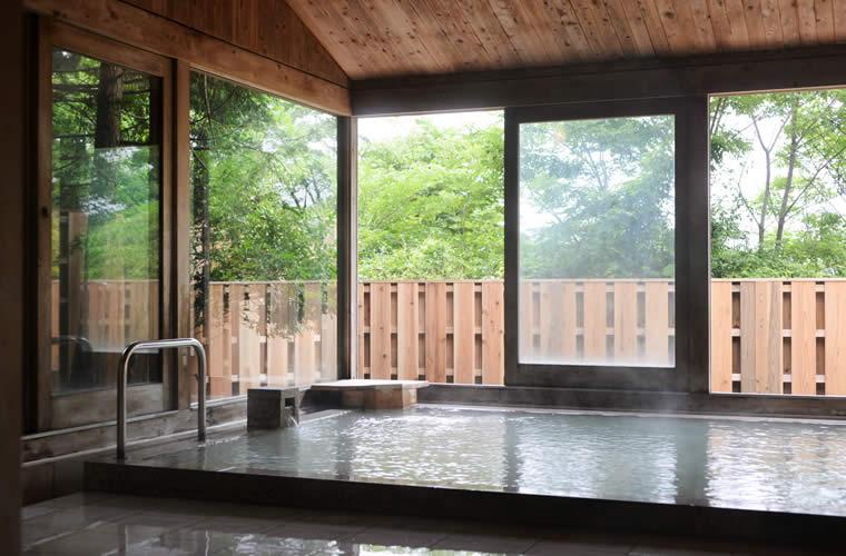 天然温泉のBIRD BATH(バード・バス)
