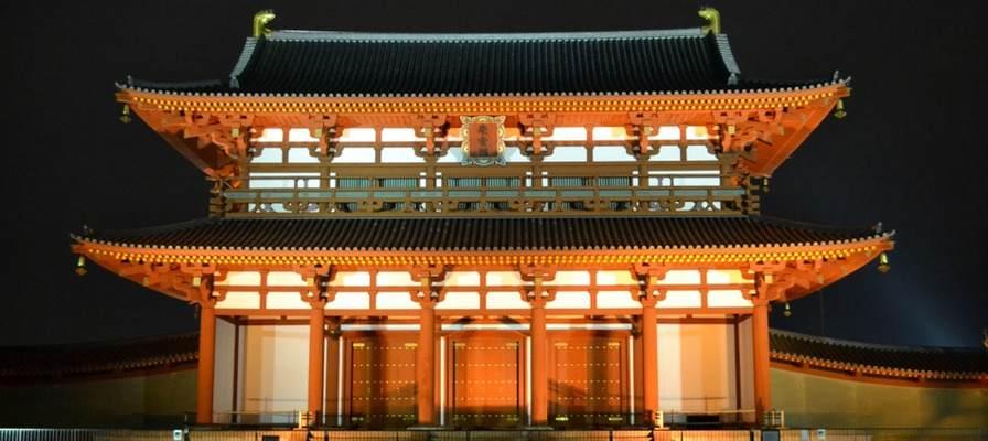夜の幻想的な奈良を味わうツアー