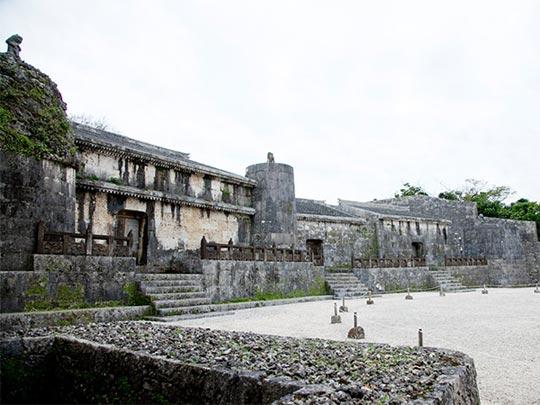 第二尚氏王統の陵墓として造営された玉陵