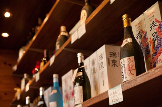 古酒をはじめ商品も豊富