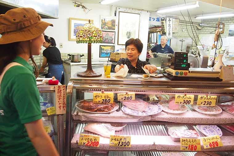 1번째 가게 노포 정육점 '니쿠노 하야시'