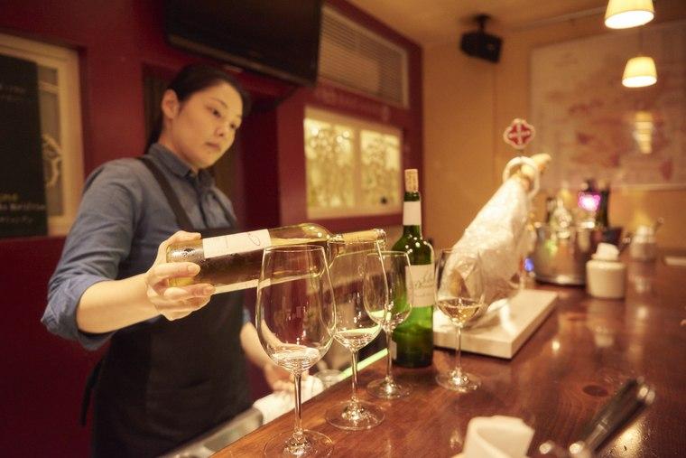 星野リゾート OMO7 旭川 女子旅 自然派ワインを堪能できる「ラ・ヴィンニュ 旭川店」