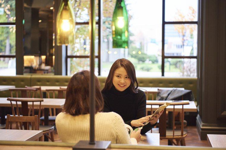 星野リゾート OMO7 旭川 カフェスペース 女子旅