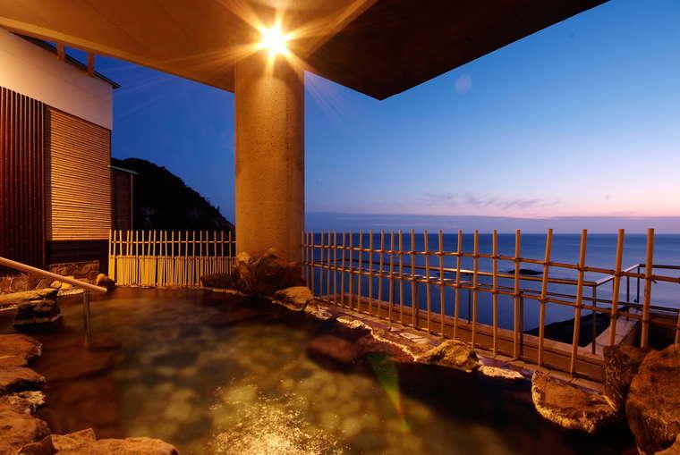 日和山温泉 ホテル 金波楼 大浴場