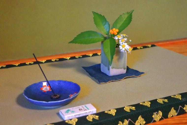 猿ヶ京温泉 料理旅館樋口 お香の準備