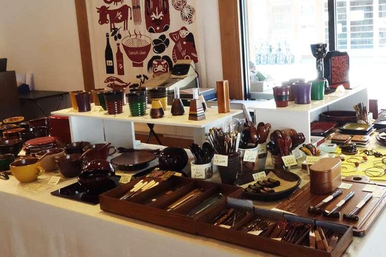 香川漆器のコーナー