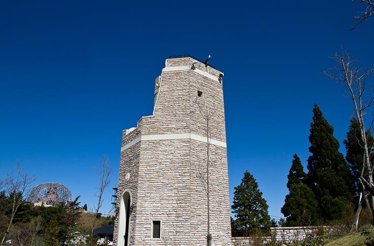 六甲山で一番高い展望台「見晴らしの塔」