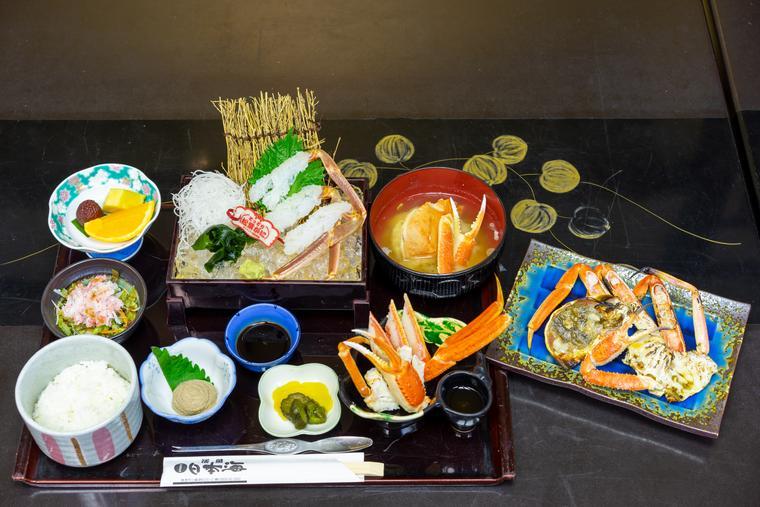 「お食事処 日本海」の「松葉がに御膳」