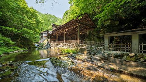 仙台 恋人の聖地「作並温泉郷」へ。きれいを叶える湯めぐりに出かけよう