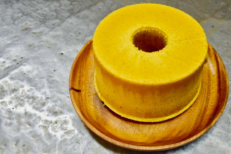 式根島 nat2iroのシフォンケーキ
