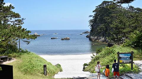 式根島のおすすめ観光モデルコース!ビーチに星空やキャンプを満喫