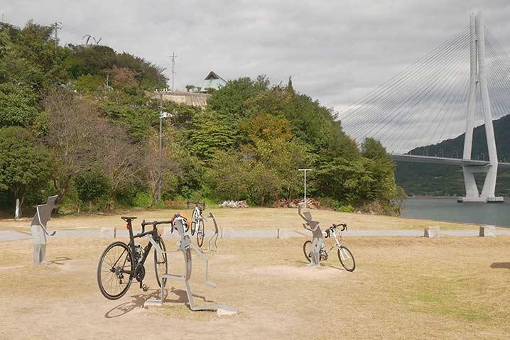 多々羅しまなみ公園のサイクルスタンド