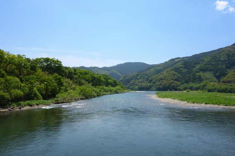 佐田沈下橋からの四万十川