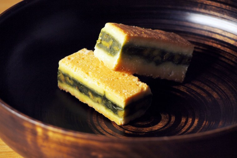 日本茶菓SANOAHの「キャラメルサンドクッキー胡桃抹茶 」