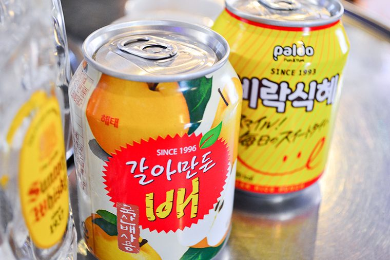 新大久保 韓国料理「でじにらんど」 梨ジュース シッケ 乾杯