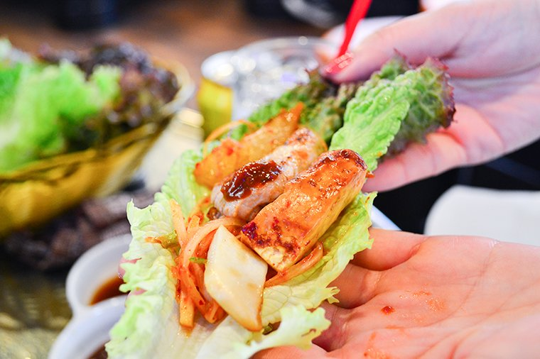 新大久保 韓国料理「でじにらんど」 サムギョプサル