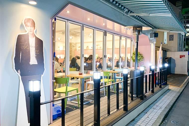 新大久保 韓国 カフェ 芸能人オーナー 「cafe de KAVE」 ジェジュン