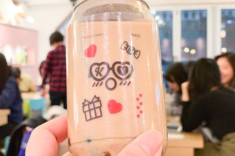 新大久保 韓国 ジェジュン カフェ「cafe de KAVE」 タピオカミルクティー