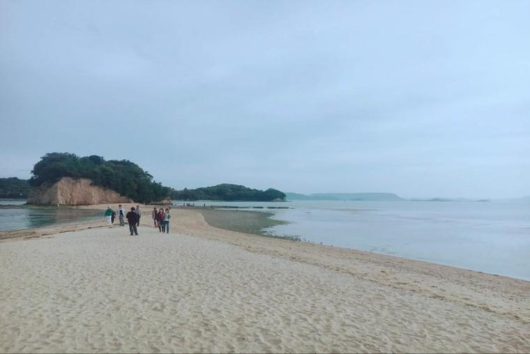 小豆島のエンジェルロード・余島
