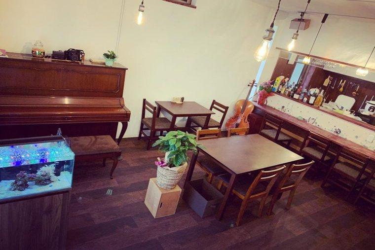 小豆島珈琲店スピカの店内