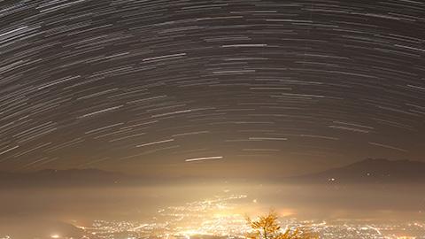 標高2,000mで日本屈指の星空を見よう!天体観測を楽しむ星空の宿