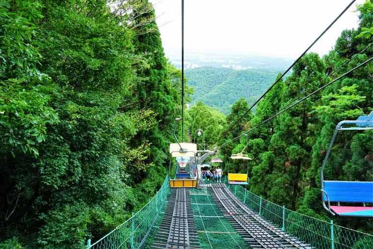 高尾山 山麓駅 リフト