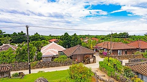 沖縄の原風景に出会える離島・竹富島のおすすめ観光スポット