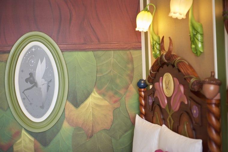 東京ディズニーランドホテル「ディズニーティンカーベルルーム」