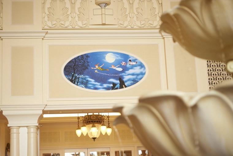 東京ディズニーランドホテル ミッキーマウスのブロンズ像