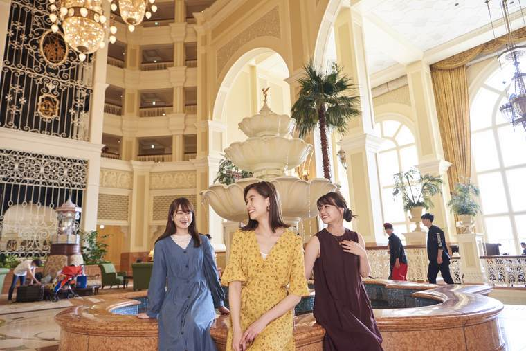 東京ディズニーランドホテル 女子旅 アトリウムロビー