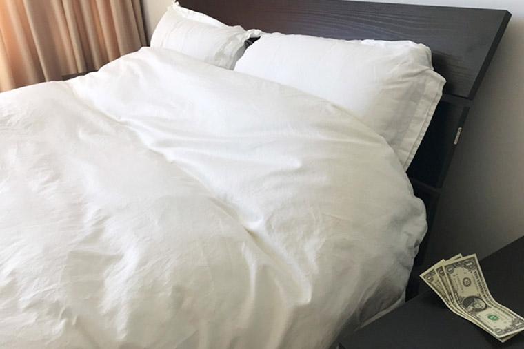 サービスの行き届いたホテルでは、あらゆるシーンでチップが必要に