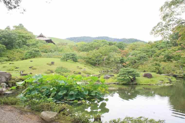 東大寺 依水園 日本庭園